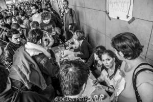 Refugees_westbahnhof004