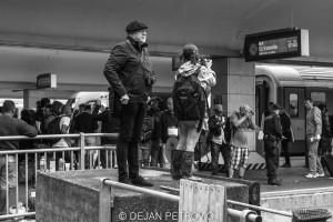 Refugees_westbahnhof018
